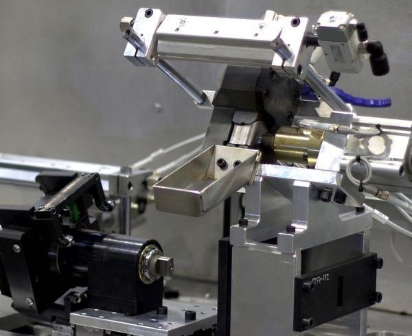 New fixture for  laser welding of automobile components